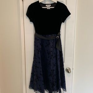 Amy Byer Girls Short Sleeve Dress